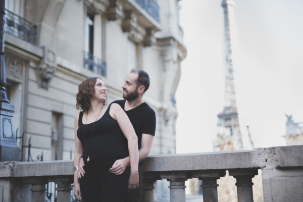 7-Photographe-grossesse-paris-7eme-tour-eiffel-maternity-shoot (4)